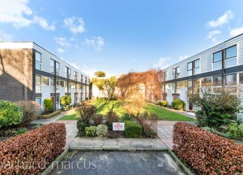 3 bed town house for sale in Bankside Close, Carshalton SM5