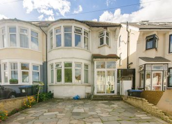 4 bed property for sale in Grenoble Gradens, Palmers Green N13