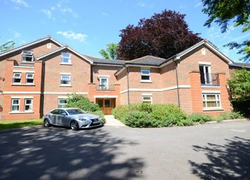 Thumbnail 2 bedroom flat to rent in Derby Road, Caversham, Reading