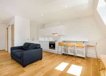Thumbnail Studio to rent in Redcliffe Road, London