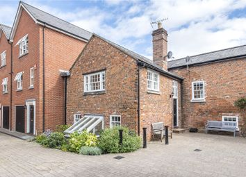 Printers Row, Staple Gardens, Winchester SO23. 4 bed detached house