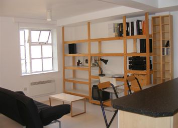 Thumbnail 1 bed flat to rent in 237A Long Lane, London