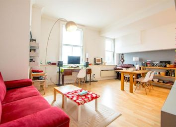 Thumbnail 1 bed flat to rent in West Smithfield, Farringdon
