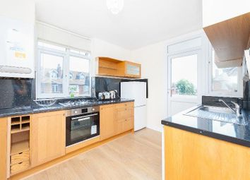 Thumbnail 2 bedroom flat to rent in Parkwood, Friern Barnet, London