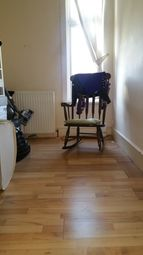 Thumbnail 2 bed flat to rent in Caistor Park Road, Stratford