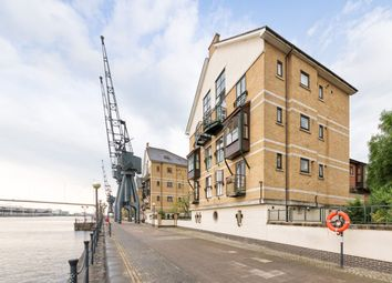 Thumbnail 2 bed flat for sale in Cleves House, London