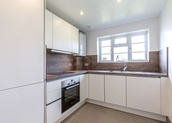 Thumbnail 2 bed flat to rent in Avenue, Road, London