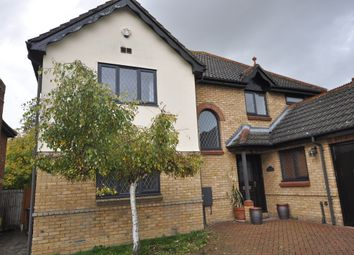 Thumbnail 5 bed detached house to rent in Hampton Gardens, Sawbridgeworth, Hertfordshire
