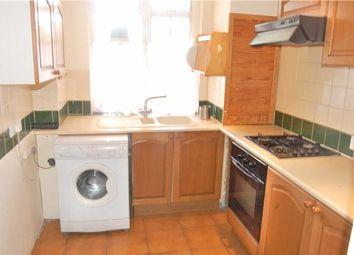 Thumbnail 2 bedroom flat to rent in Hazelhurst Rd, Tooting Broadway