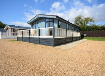 Thumbnail 2 bed mobile/park home for sale in The Hollies, London Road, Kessingland