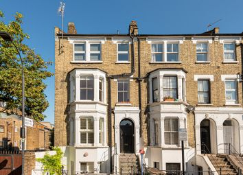 Goodwin Road, London W12. 2 bed flat