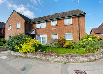 2 bed flat for sale in Regal Court, Western Road, Tring HP23
