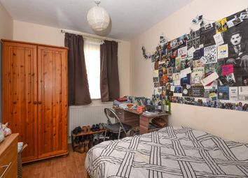 Thumbnail Room to rent in Woodstock Road, Golders Green, London