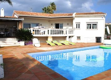 Thumbnail 4 bed villa for sale in San Roque, Cadiz, Spain