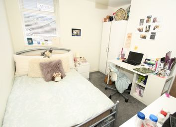 Thumbnail 3 bedroom flat to rent in Osborne Road, Jesmond