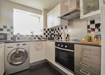 Chantress Road, Dagenham, Essex RM10. 2 bed flat