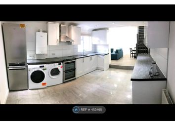 Thumbnail 4 bed flat to rent in Market Street, Watford