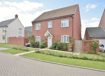 4 bed detached house for sale in Kingfisher Drive, Didcot OX11