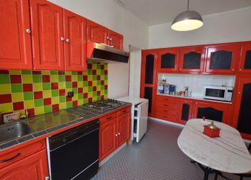 Thumbnail 3 bed apartment for sale in Poitou-Charentes, Deux-Sèvres, Thouars