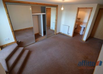 Thumbnail 3 bed flat to rent in High Street, Cowdenbeath
