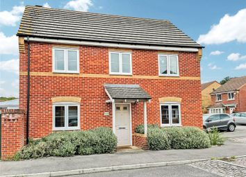 Thumbnail 3 bed detached house to rent in Rosemary Gardens, Thatcham