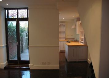 Thumbnail 1 bed flat to rent in Arran Street, Cardiff