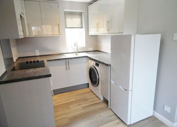 Rosehip Way, Lychpit, Basingstoke RG24. Studio to rent