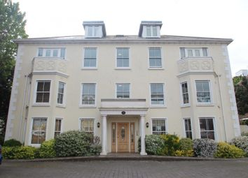 Thumbnail 2 bed flat to rent in Gratwicke Road, Worthing