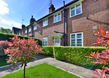 Thumbnail 3 bed cottage for sale in Addison Way, London