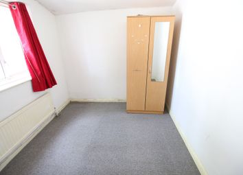 Thumbnail 3 bed flat to rent in Grove Road, Hounslow, Middlesex