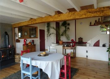 Thumbnail 5 bed property for sale in Poitou-Charentes, Deux-Sèvres, Parthenay