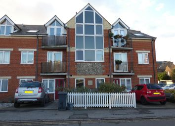 2 bed flat to rent in Northwood Road, Tankerton, Whitstable CT5
