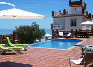 Thumbnail 5 bed villa for sale in Moclinejo, Axarquia, Andalusia, Spain
