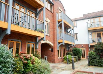 Thumbnail 2 bed flat to rent in Foregate Street, Chester