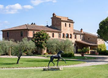 Thumbnail 8 bed town house for sale in Siena, Siena, Italy