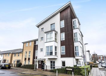 Thumbnail 1 bed flat for sale in Kennet Island, Reading