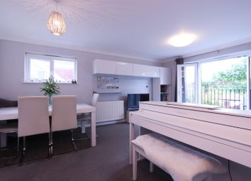 2 bed maisonette for sale in Seaforth Avenue, New Malden KT3