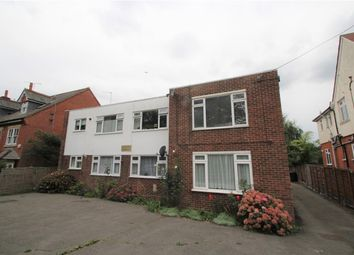 Llanberies Court, Hammers Lane, Mill Hill NW7. 1 bed flat
