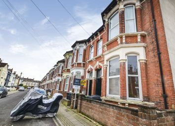 Thumbnail 5 bed flat to rent in Beach Road, Southsea, Hampshire