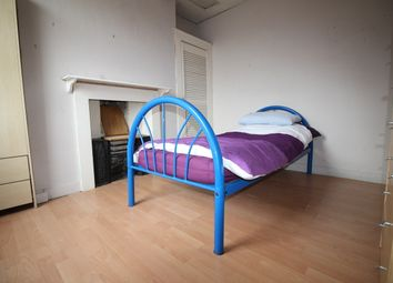 Thumbnail 4 bed flat to rent in West Street, Ewell