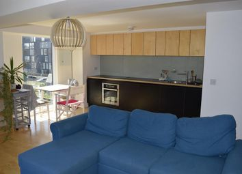 Thumbnail 1 bed flat to rent in Saxton Gardens, The Avenue, Leeds