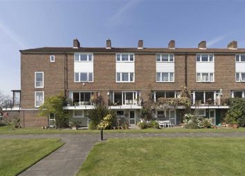 Thumbnail 4 bed property for sale in Chiswick Staithe, Hartington Road, London