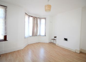 5 bed terraced house to rent in Byron Avenue, Manor Park E12