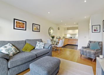 Thumbnail 1 bedroom flat for sale in Peartree Way, London