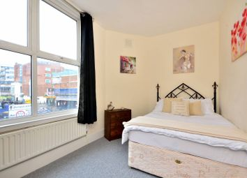 Thumbnail 2 bed flat for sale in Trafalgar Road, Greenwich
