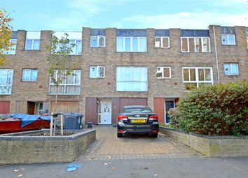 Thumbnail 4 bed property for sale in Turnpike Link, Croydon