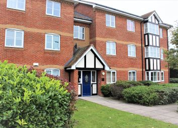 Thumbnail 2 bedroom flat for sale in Redwood Gardens, Waltham Forest, London