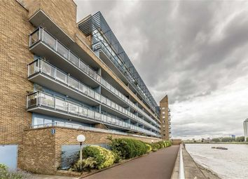Thumbnail 2 bed flat to rent in Arnhem Place, London