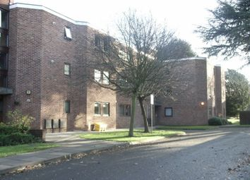 Thumbnail 2 bed flat to rent in Stanley Road, Leicester