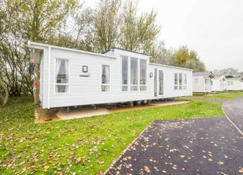Thumbnail 2 bedroom mobile/park home for sale in Corton, Lowestoft, Suffolk